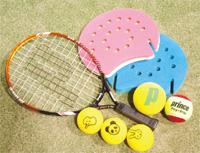 プロの標準使用ボールから幼児用ボールまで、5種類のボールを用意